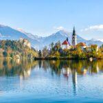 Словения первой в Европе объявила об окончании эпидемии