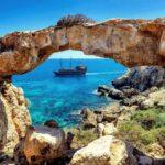 Кипр назвал страны, с которыми восстановит авиасообщение в июне. Украины нет